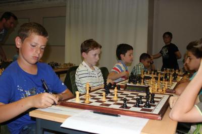 Photo equipe jeunes 1 calade echecs